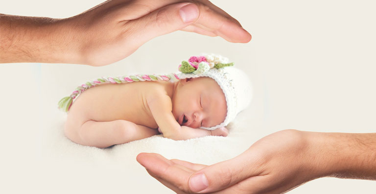 7 NEWBORN BABY SKIN CARE TIPS IN WINTER