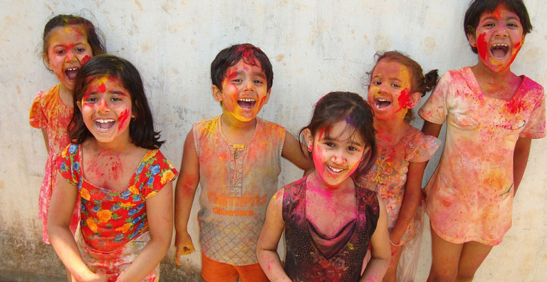 THE DO'S AND DON'TS OF CELEBRATING A SAFE HOLI WITH KIDS